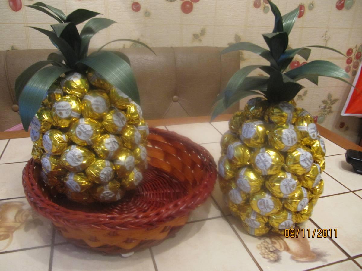 Поделки ананас из конфет 65